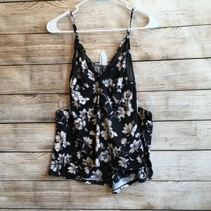 VINCE CAMUTO FLORAL PRINT CAMISOLE SET IN BLACK
